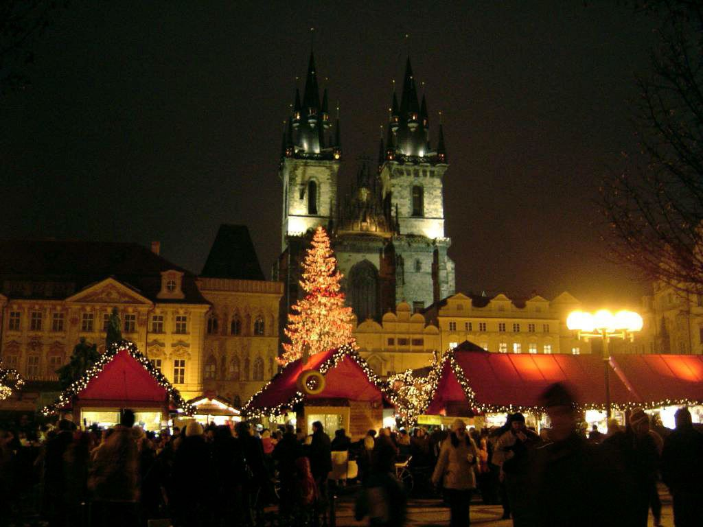 mercatini di Natale Praga Piazza della città Vecchia