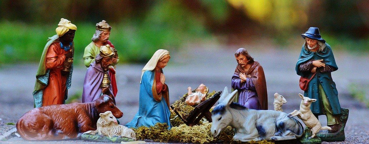 tradizioni-natalizie-presepi-san-gregorio-armeno-napoli