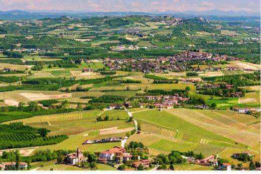 vacanze in campagna langhe italia