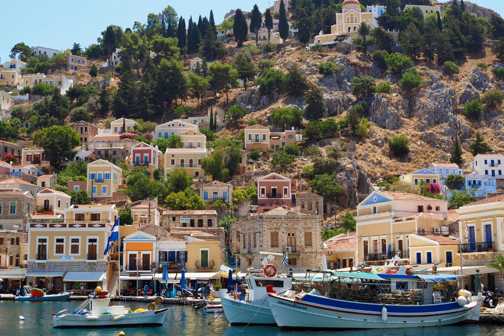 grecia-symi-battello-case-estate di san martino-vacanze-scambio-casa