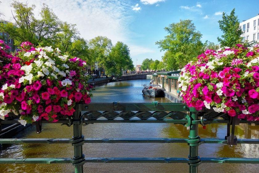alt Amsterdam_vacanze_HomeExchange, title Amsterdam_vacanze_HomeExchange